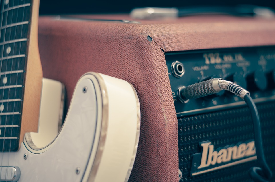 How To Mic an Electric Guitar